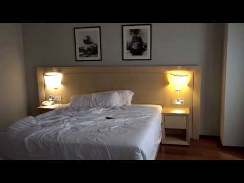 Holiday Inn Andorra la Vella, Andorra - Review of a Corner King 414