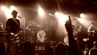 DAUGHTRY - Over You / No Surprise (Belfast)