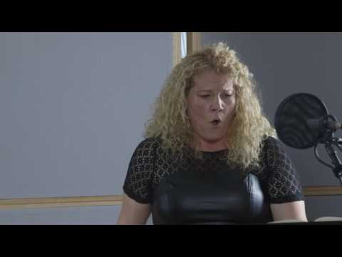 Michelle DeYoung sings Brahms Von ewiger Liebe at CPR Classical