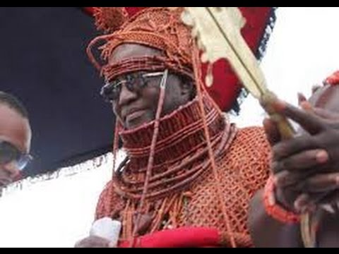 WELLCOMING  AND CORONATION OF A NEW OBA OF BENIN