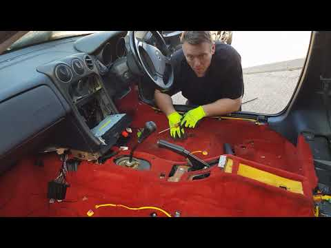 Alfa Romeo GTV Spider 916 Carpet Removal Guide.