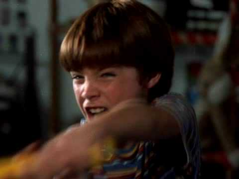 Watch Cinema.azov Films Boy Fights видео :: WikiBit.me