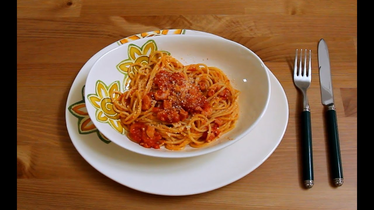 italian cuisine and spaghetti Find crowd-pleasing and easy-to-prepare italian dishes like pasta, pizza, bruschetta and more.