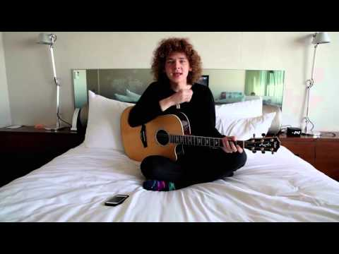 """Francesco Yates performs """"Sugar"""" in bed   MyMusicRx #Bedstock 2015"""