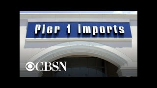 Gambar cover Pier 1 Imports closing nearly half of its stores