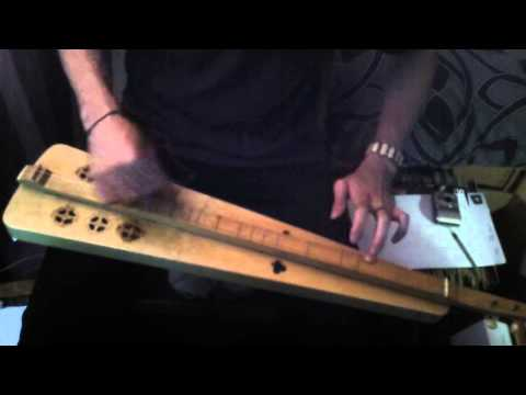 A quick tune on my new dulcimer