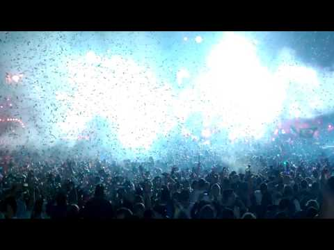 Afrojack on mainstage Tomorrowland 2016