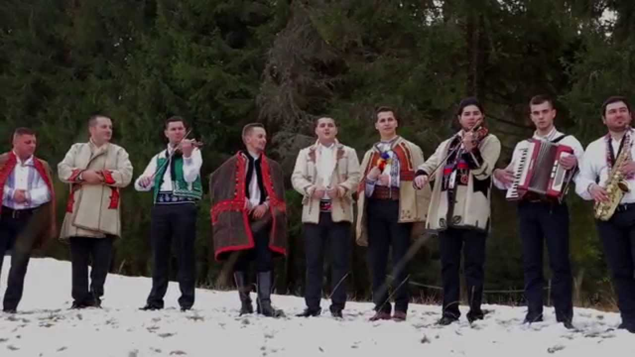 Colindătorii Bihorului - COLINDA - Seara lui Crăciun (Oficial)