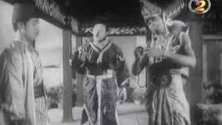 Video P. Ramlee - Seniman Bujang Lapok download MP3, 3GP, MP4, WEBM, AVI, FLV Juli 2018