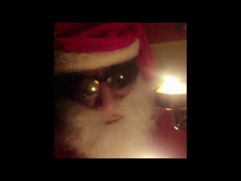 """Un Papá Noel ourensano, a Jácome: """"Y las luces de Navidad en los barrios, ¿para cuándo?"""""""