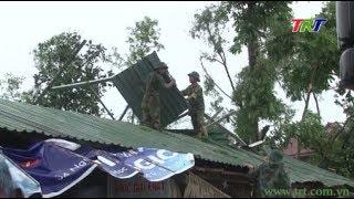 Trên 80 cán bộ chiến sĩ giúp dân khắc phục lốc xoáy