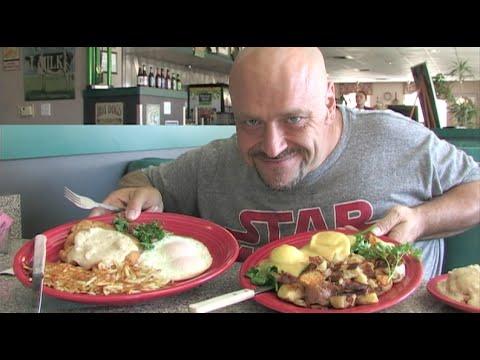 Food Show: Amazing Breakfast At Velvet Grill & Creamery