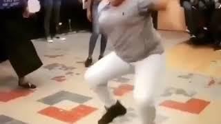When she hear the music