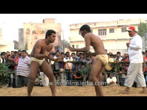 Junior pehelwan displays utmost strength : Mud Wrestling in India