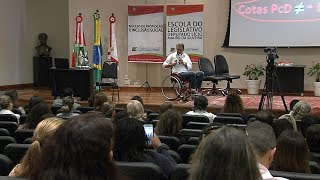Palestra aborda assédio moral sofrido por pessoas com deficiência no trabalho