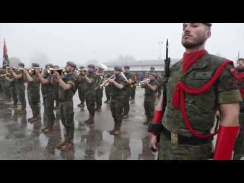 Desfile en honor a la Inmaculada Concepción en la Brilat