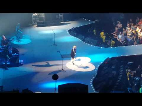 AC/DC thunderstruck live at Verizon Center 09/17/16