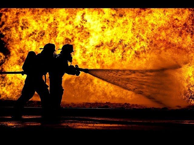 Tag der offenen Tu?r 2016 | Feuerwehr Hanau-Mitte | Fettexplosion | Brandübung