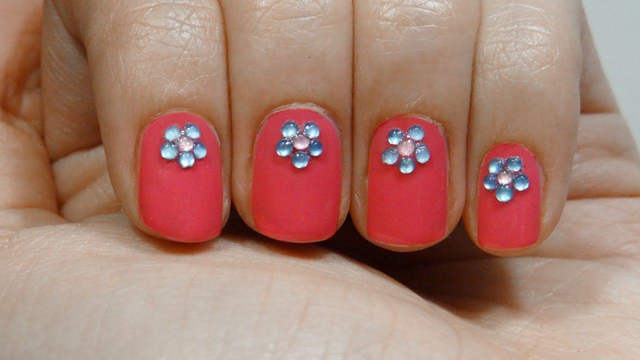 Diseño uñas cortas facil flores con rhinestones easy short nails ...