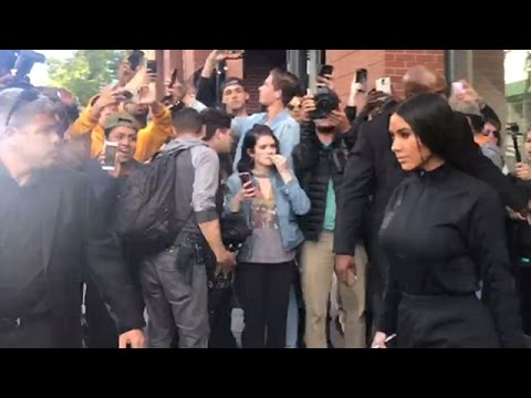 Kim Kardashian Besieged By Fans At Her NY Apartment