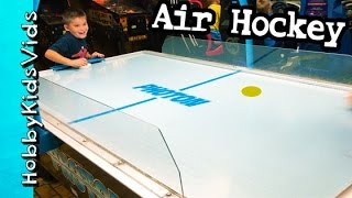 Air Hockey at Arcade! HobbyFrog vs HobbyPig + Surprise Toy Claw HobbyKidsVids