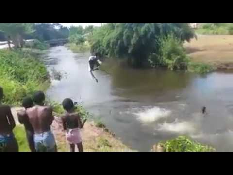 BEST DIVING TRICKS AND SKILLS 2017  AFRICANS
