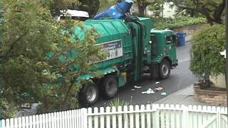 Recycling Garbage Truck Fail!