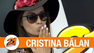 Ce are Cristina Balan in geanta - FUN @ Radio 21