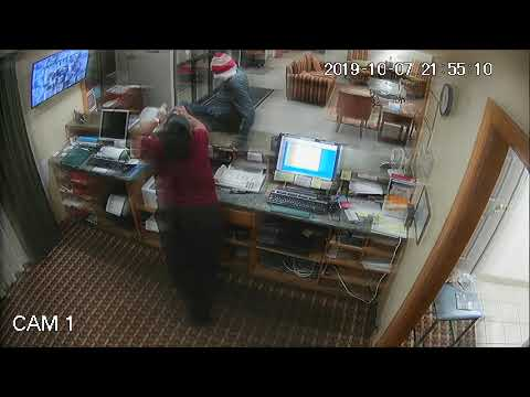 Tim Conway Jr - Kentucky Hotel Clerk Scares Off Robber... With His Own Gun