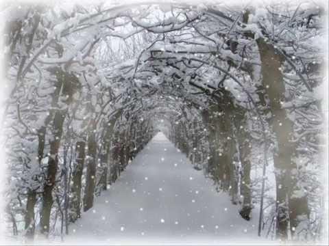 """Tombe la neige"" (Salvatore Adamo) Cover-Sylvia Lhene - YouTube"