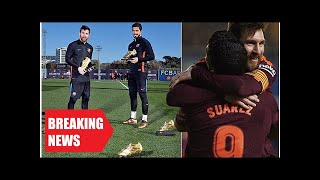Breaking News - Barcelona stars lionel messi and luis suarez pose with golden shoes