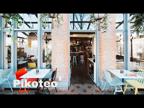 Pikoteo // HOTSPOT vlog #12 // Your Little Black Book