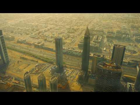 dubai-burj-khalifa---at-the-top