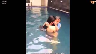 Dewi Persik Lagi Berenang Bersama Felice Gabriel
