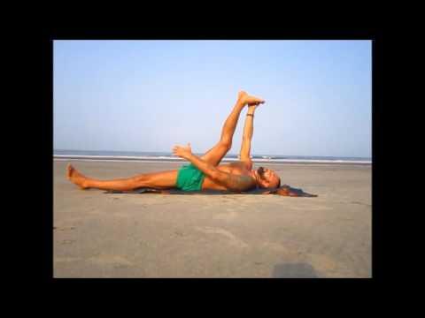 Упражнения от варикоза, растяжка ног и тазобедренного