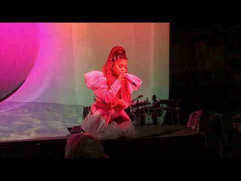 Ariana Grande - R.E.M - Prague 4K UHD