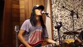 Navicula - Saat Semua Semakin Cepat, Bali Berani Berhenti (Live)