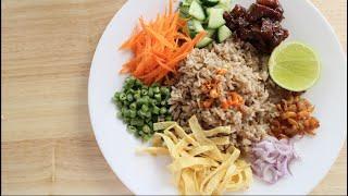 Download lagu Shrimp Paste Fried Rice Recipe ข้าวคลุกกะปิ - Hot Thai Kitchen