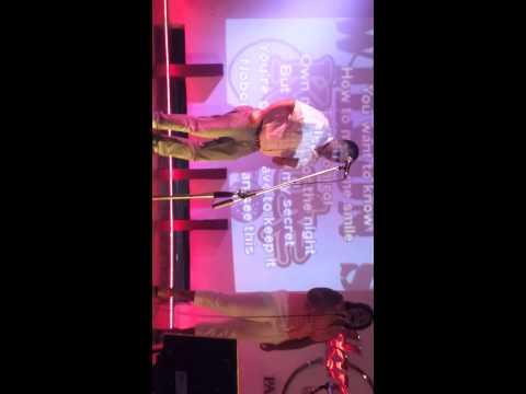 Karaoke pechi y dania