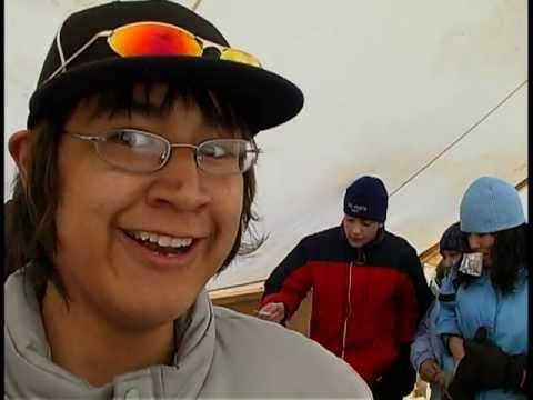 07 03 SUAANGAN Beluga Jamboree in Tuktoyaktuk