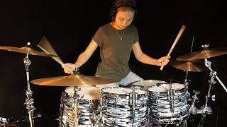 Jeff Porcaro is still one of my favourite drummers, so is Simon Phi...