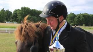 Magnús och Valsa efter vinst i femgång och femgångskombination