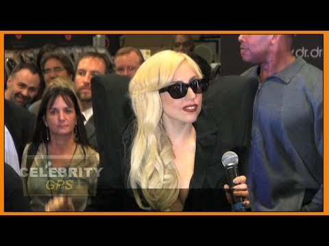 LADY GAGA clears up ROMANCE RUMORS - Hollywood TV