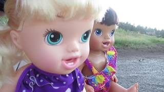baby alive sisters go on vacation annie almost drowns sister secret handshake