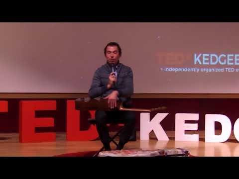 La musique, une certaine forme de liberté | Thibault Cauvin | TEDxKedgeBS