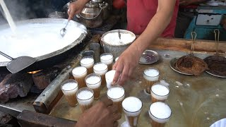 FASTEST WORKERS: He Makes Tasty Tea Very Quickly Superman Is Here | Indian Street Food