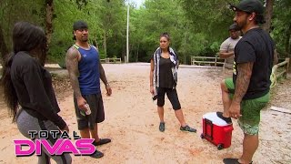 Naomi's family vacation takes a turn for the worse: Total Divas Preview Clip: September 8, 2015