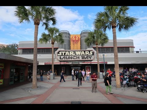 The Last Jedi Arrives At Star Wars Launch Bay In Disney's Hollywood Studios