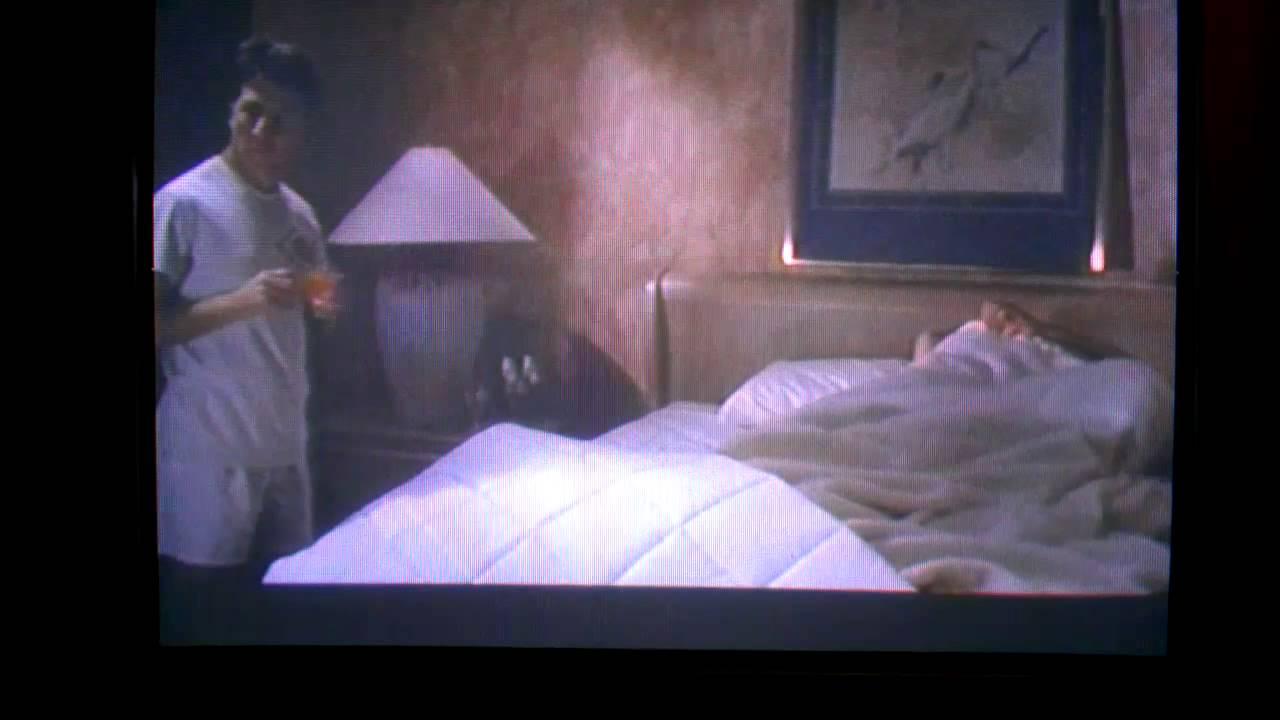 Raiin bedroom action