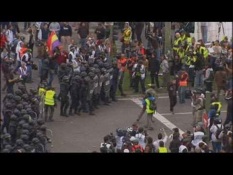 Violent protest in Spain as unemployment at record high